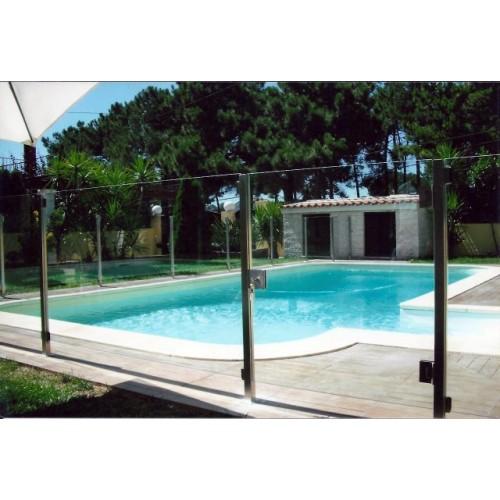 Protec o de piscinas for Piscina de acrilico